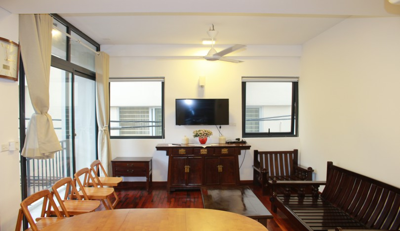 Bright two bedroom apartment in Tay Ho Hanoi for rent furnished