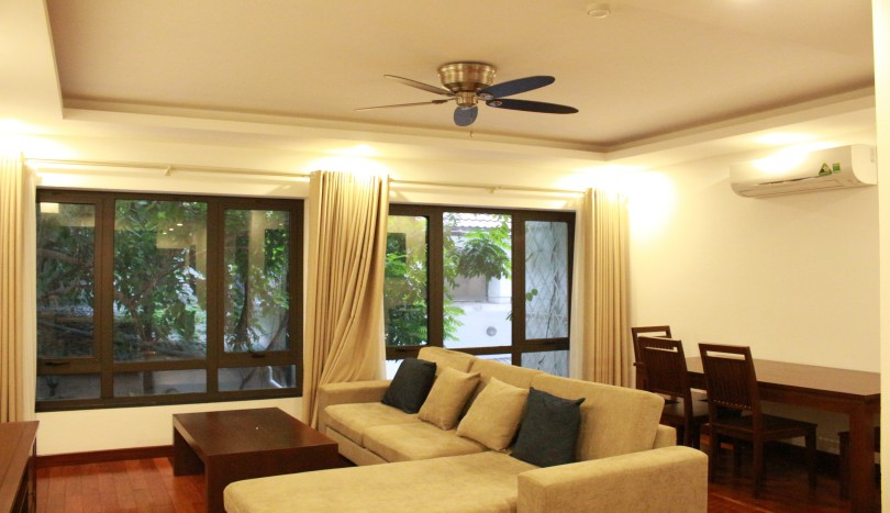Bright two bedroom apartment in Tay Ho near Somerset West Point