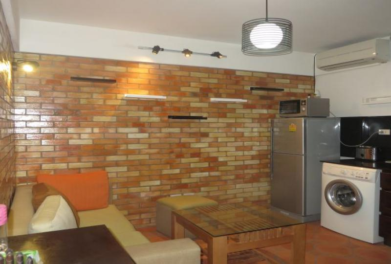 Budget 1 bedroom apartment in Tay Ho to let, Hanoi