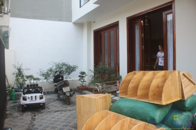 Charming 3bed House in Long Bien rent on Ngoc Thuy street furnished