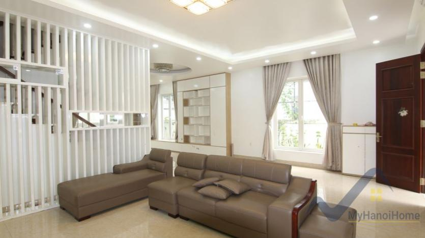 cosy-house-in-anh-dao-vinhomes-riverside-with-4-bedrooms-18