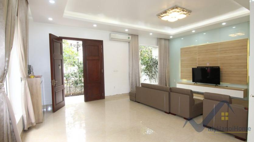 cosy-house-in-anh-dao-vinhomes-riverside-with-4-bedrooms-19