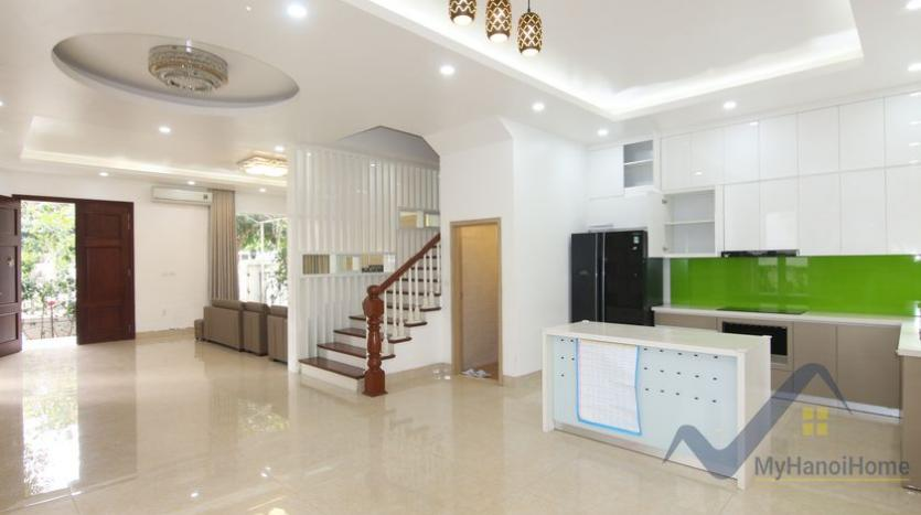 cosy-house-in-anh-dao-vinhomes-riverside-with-4-bedrooms-20