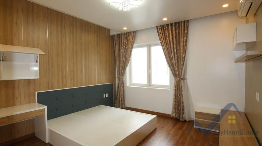cosy-house-in-anh-dao-vinhomes-riverside-with-4-bedrooms-23