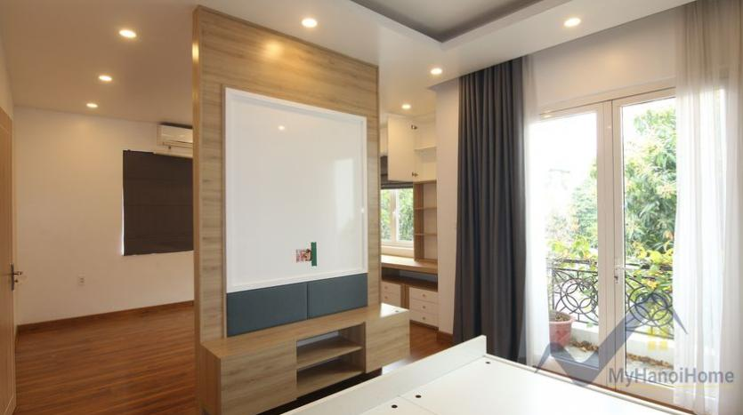 cosy-house-in-anh-dao-vinhomes-riverside-with-4-bedrooms-29