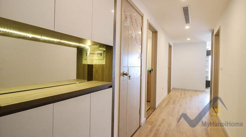 d-le-roi-soleil-apartment-for-rent-3beds-in-tay-ho-area-8