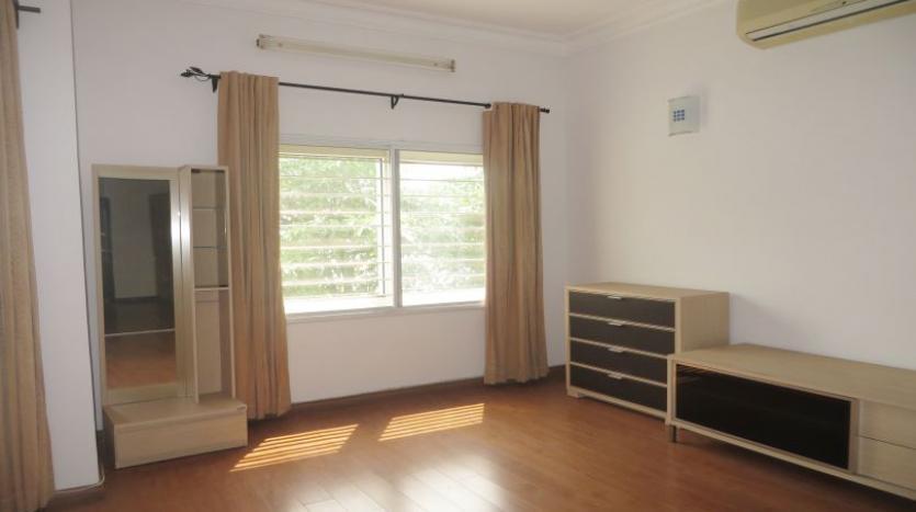 detached-villa-for-rent-in-tay-ho-4-bedrooms-04-bathrooms-11