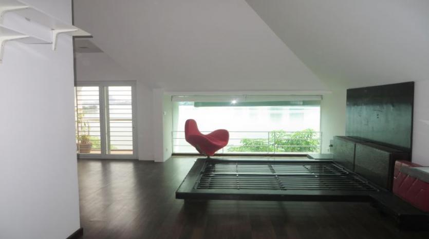 detached-villa-for-rent-in-tay-ho-4-bedrooms-04-bathrooms-23