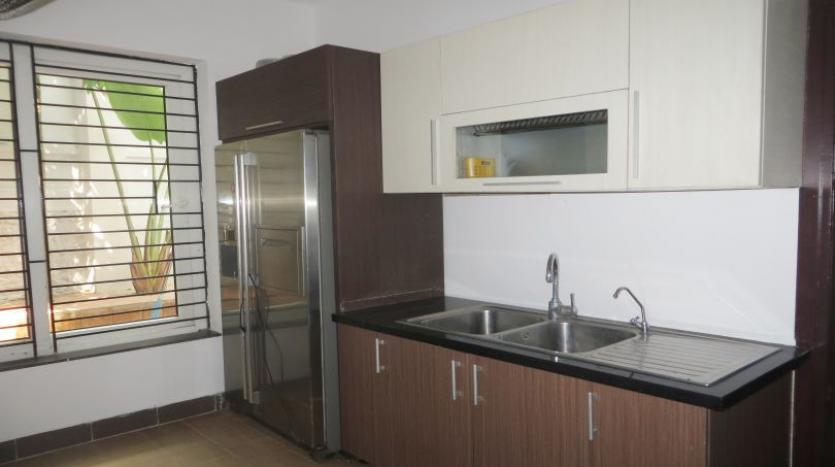 detached-villa-for-rent-in-tay-ho-4-bedrooms-04-bathrooms-3