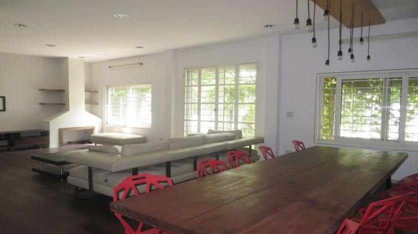 detached-villa-for-rent-in-tay-ho-4-bedrooms-04-bathrooms-6