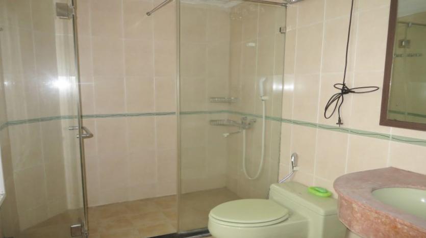detached-villa-for-rent-in-tay-ho-4-bedrooms-04-bathrooms-8