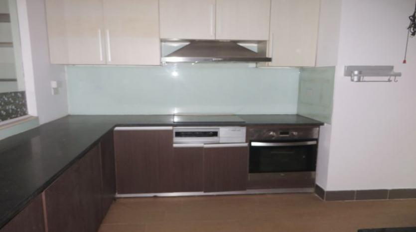 detached-villa-for-rent-in-tay-ho-4-bedrooms-04-bathrooms