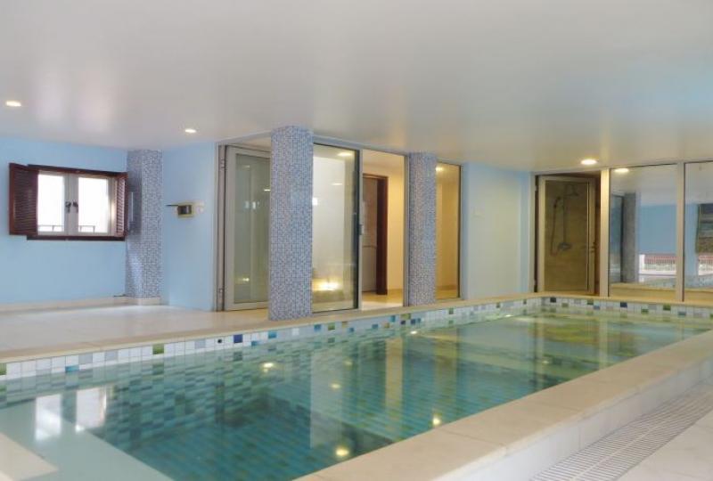 Detached villa in Tay Ho, Dang Thai Mai street, swimming pool