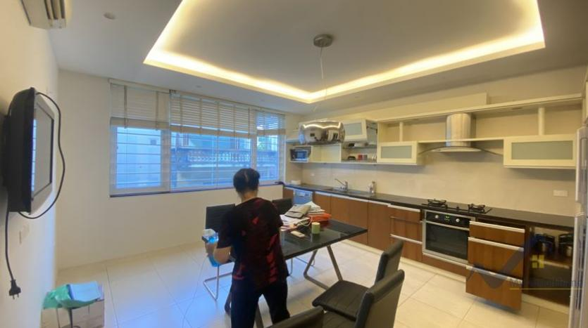 duplex-2-bedroom-apartment-in-truc-bach-to-rent-4