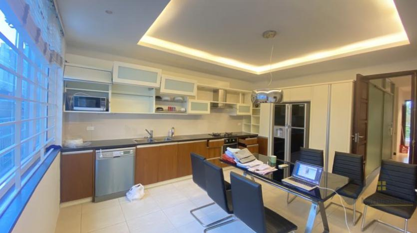 duplex-2-bedroom-apartment-in-truc-bach-to-rent-5
