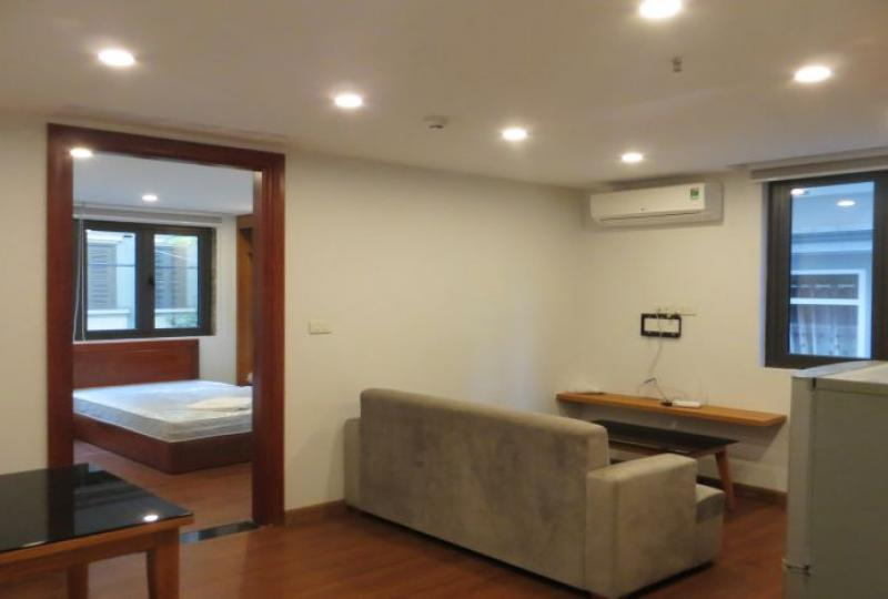 Family rental 1 bedroom apartment in Truc Bach, Ba Dinh