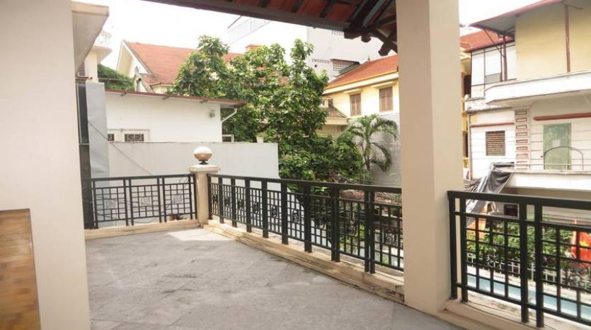 fantastic-stylish-detached-house-for-rent-in-tay-ho-area-pool-8