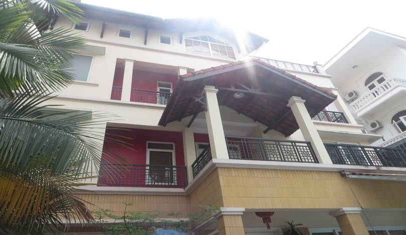 Fantastic stylish detached house for rent in Tay Ho area, pool