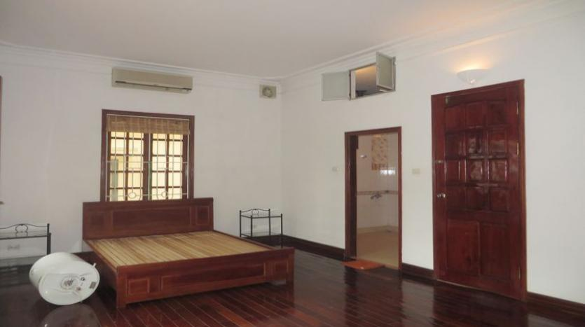 french-style-04-bedroom-house-for-rent-in-tay-ho-area-fully-furnished-10