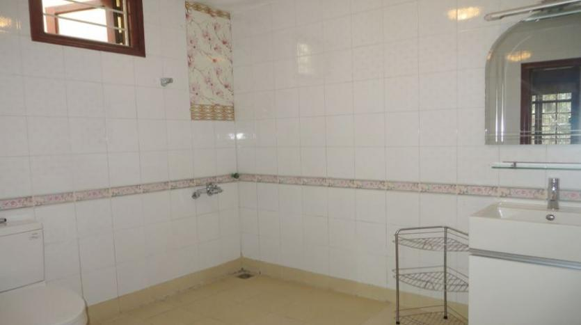 french-style-04-bedroom-house-for-rent-in-tay-ho-area-fully-furnished-12