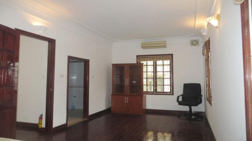 french-style-04-bedroom-house-for-rent-in-tay-ho-area-fully-furnished-18
