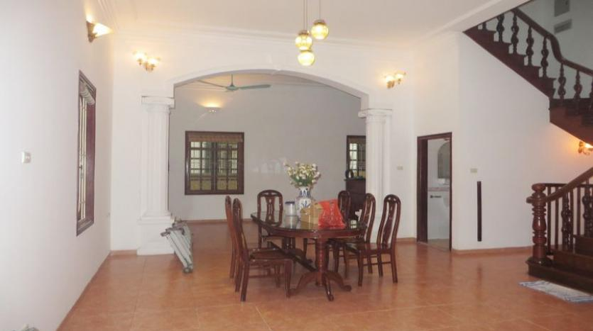 french-style-04-bedroom-house-for-rent-in-tay-ho-area-fully-furnished-2