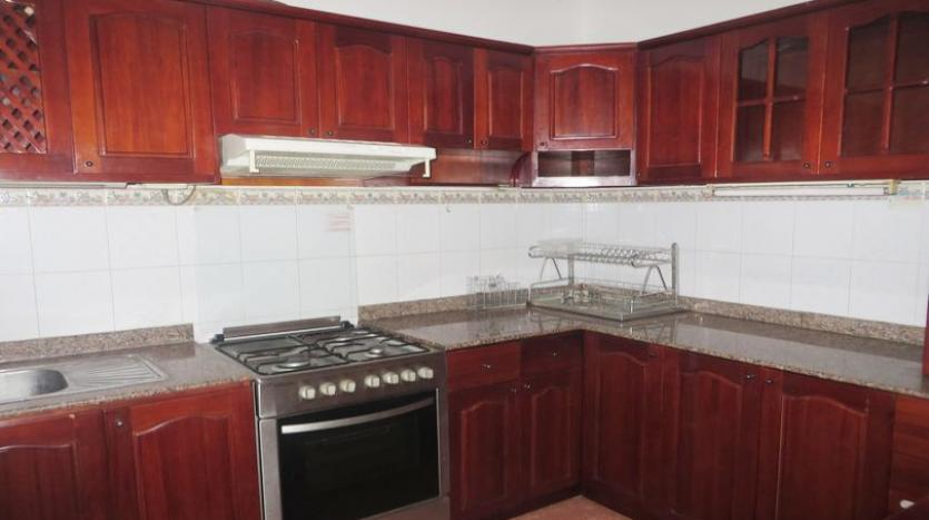 french-style-04-bedroom-house-for-rent-in-tay-ho-area-fully-furnished-5