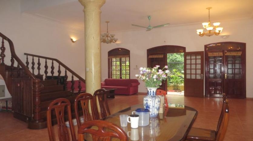 french-style-04-bedroom-house-for-rent-in-tay-ho-area-fully-furnished-6