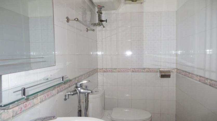 french-style-04-bedroom-house-for-rent-in-tay-ho-area-fully-furnished-7