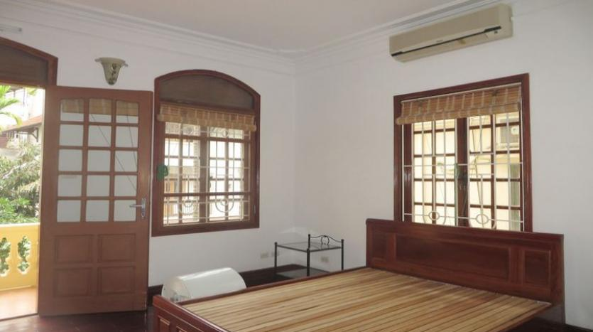 french-style-04-bedroom-house-for-rent-in-tay-ho-area-fully-furnished-8