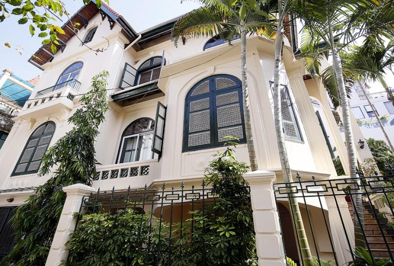 French style house for lease in Tay Ho Hanoi with 5 bedrooms