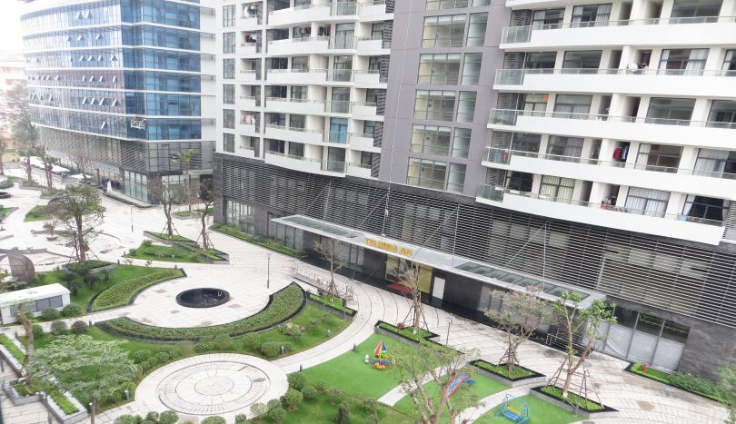 Trang an complex apartment for rent 2 beds furnished gym for Apartment complex for rent