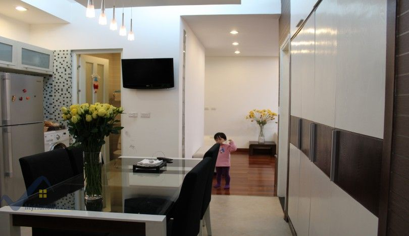 Furnished 02 bedroom apartment for rent in Hoang Quoc Viet street