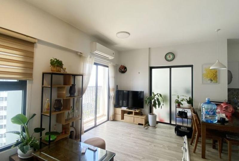 Furnished 02 bedroom apartment to rent Ecopark Lake 1 building
