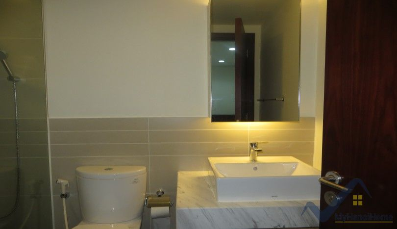 Furnished 1 bedroom Watermark apartment Hanoi to rent