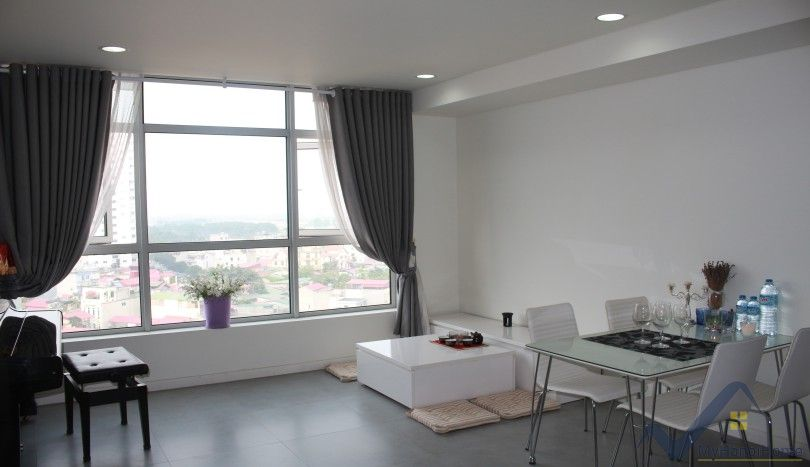 Furnished 2 bed apartment in Watermark Tower Hanoi rent
