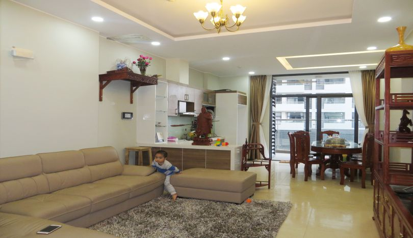 Furnished 2 bedroom apartment for rent in Trang An Complex CT2B