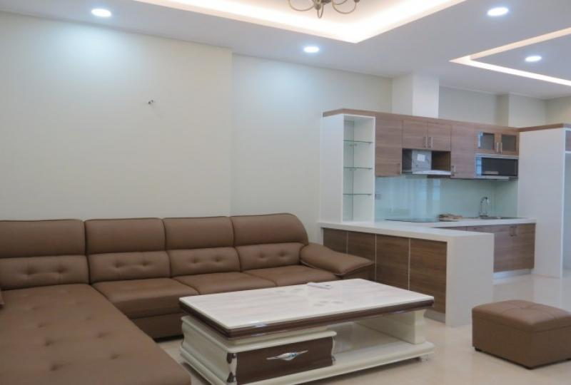 Furnished 2 bedrooms apartment in Trang An Complex for rent, 100m2