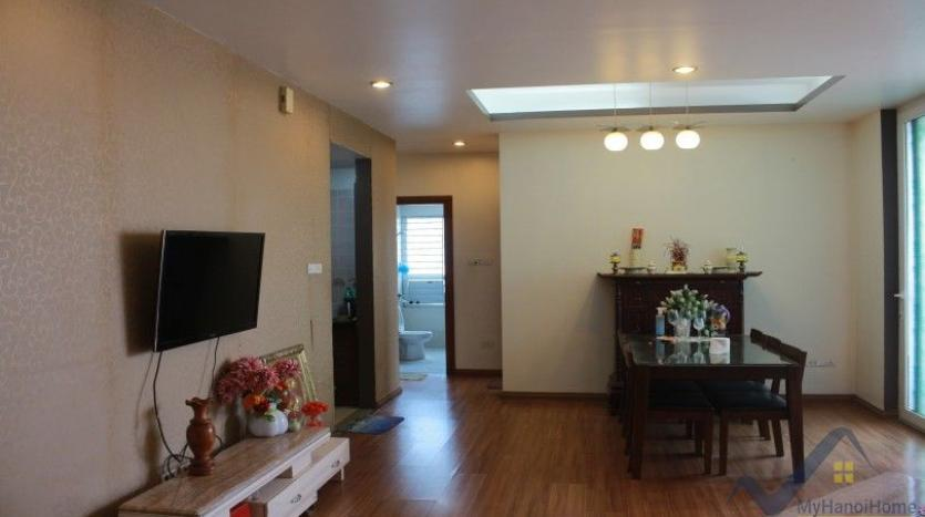 furnished-3-bedroom-apartment-for-rent-in-cau-giay-xuan-thuy-10