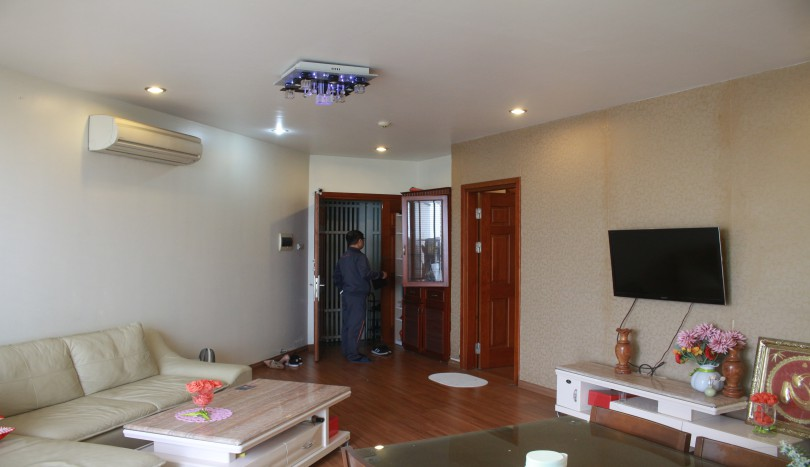 Furnished 3 bedroom apartment for rent in Cau Giay Xuan Thuy