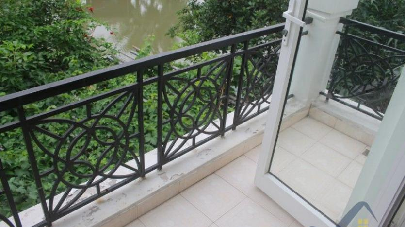 furnished-4-bedroom-villa-in-vinhomes-riverside-hanoi-rent-close-bis-14
