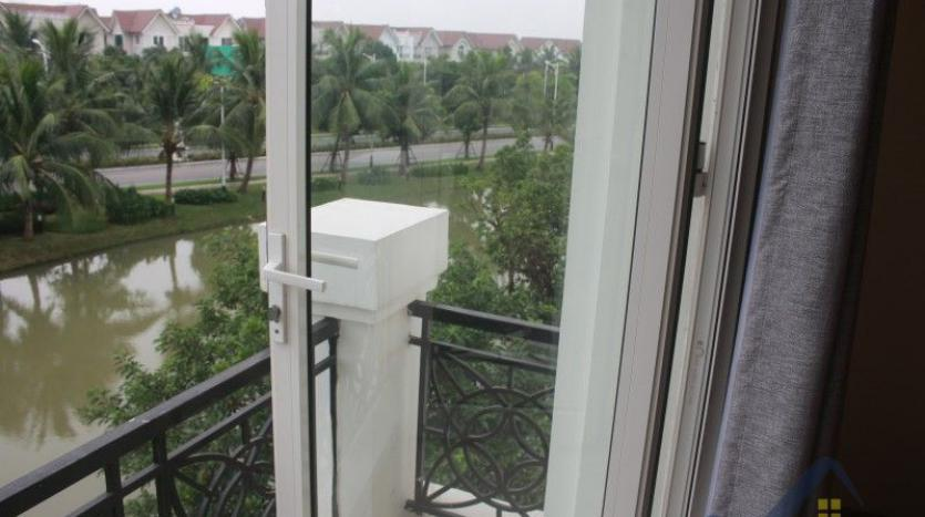 furnished-4-bedroom-villa-in-vinhomes-riverside-hanoi-rent-close-bis-21