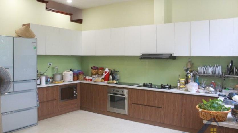furnished-4-bedroom-villa-in-vinhomes-riverside-hanoi-rent-close-bis-9