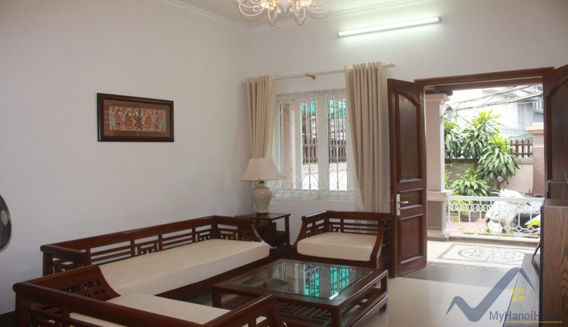 Furnished and garden Long Bien house rental 4 bedrooms