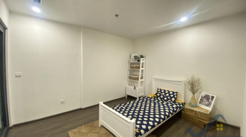 furnished-apartment-in-symphony-hanoi-for-rent-2bed-2bath-9