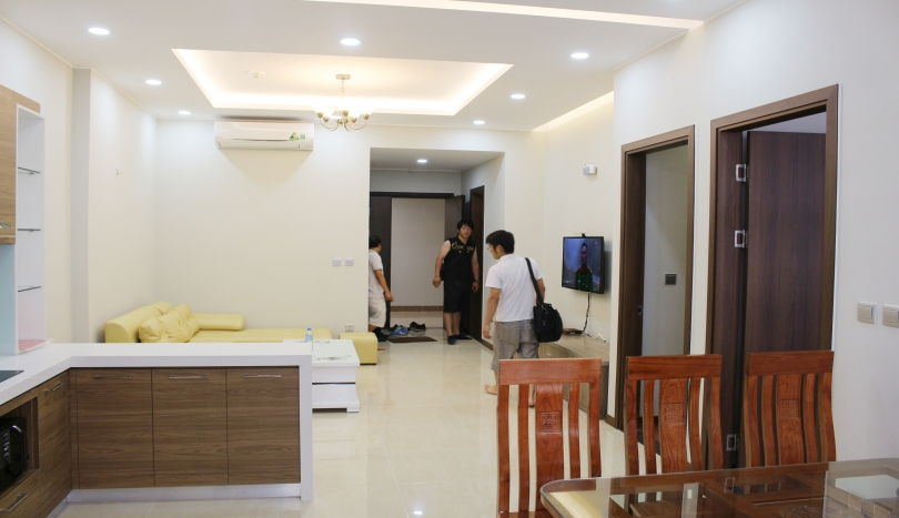 Furnished apartment in Trang An Complex, 3 bedrooms rent