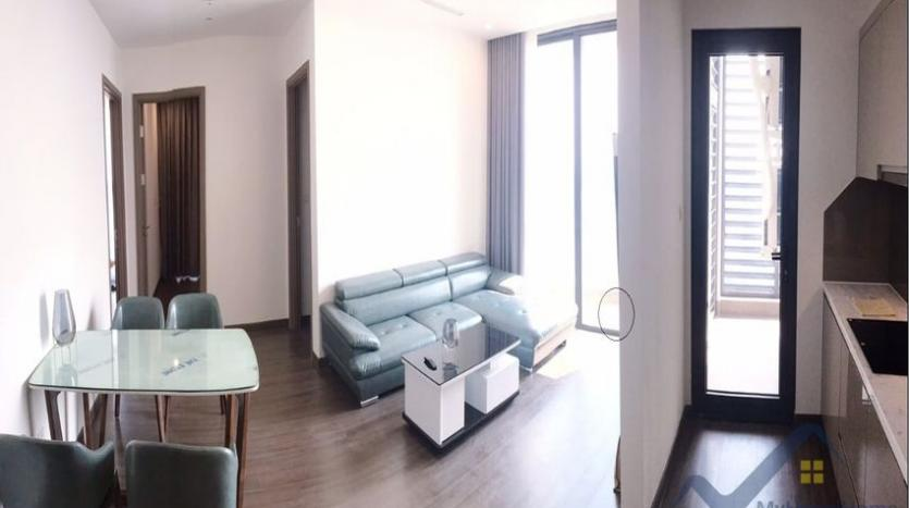 furnished-apartment-in-vinhomes-symphony-for-rent-3-bedrooms-4