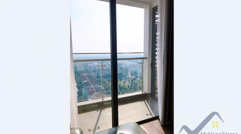 furnished-apartment-in-vinhomes-symphony-for-rent-3-bedrooms-7