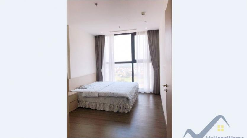 furnished-apartment-in-vinhomes-symphony-for-rent-3-bedrooms-9