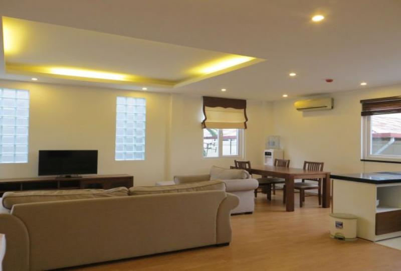 Furnished apartment rental with 3 bedrooms on Xuan Dieu, Tay Ho